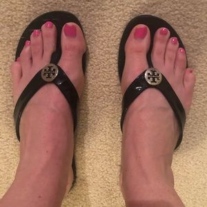 Tory Burch Thora flop flops 9